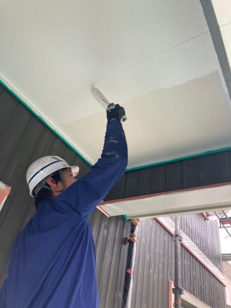 那珂川市 外壁下塗りと軒天塗装 写真9