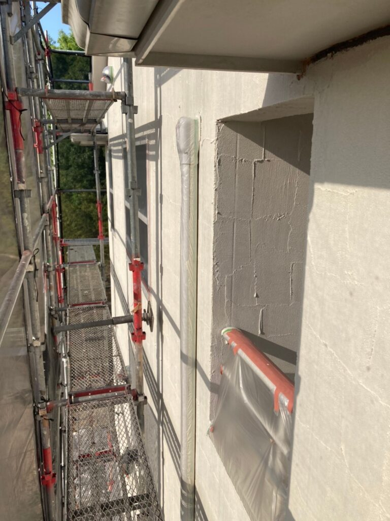 飯塚市 外壁塗装 下塗り2回目 写真7