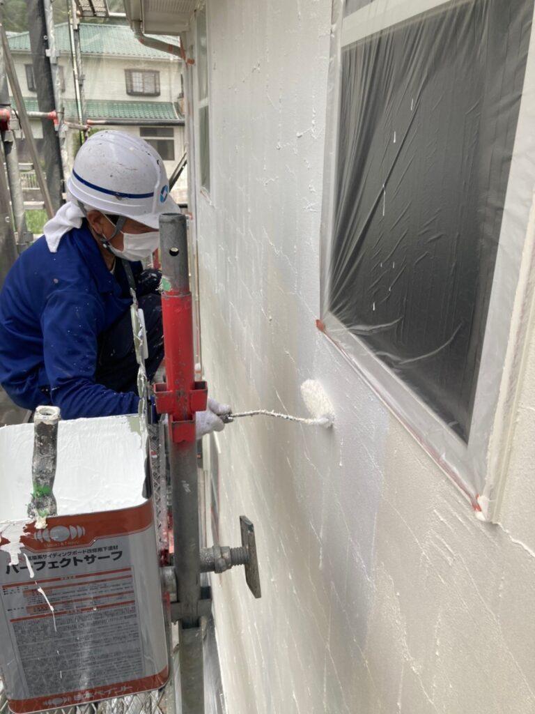 飯塚市 外壁塗装 下塗り3回目 写真3