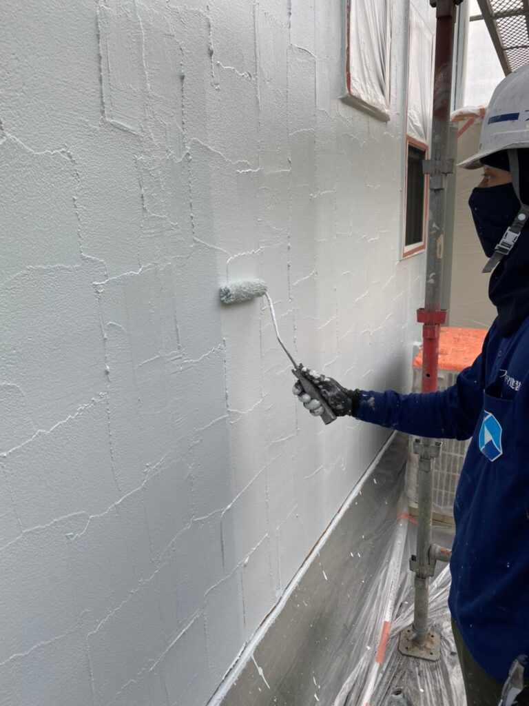 飯塚市 外壁塗装(上塗り) 付帯塗装 写真2