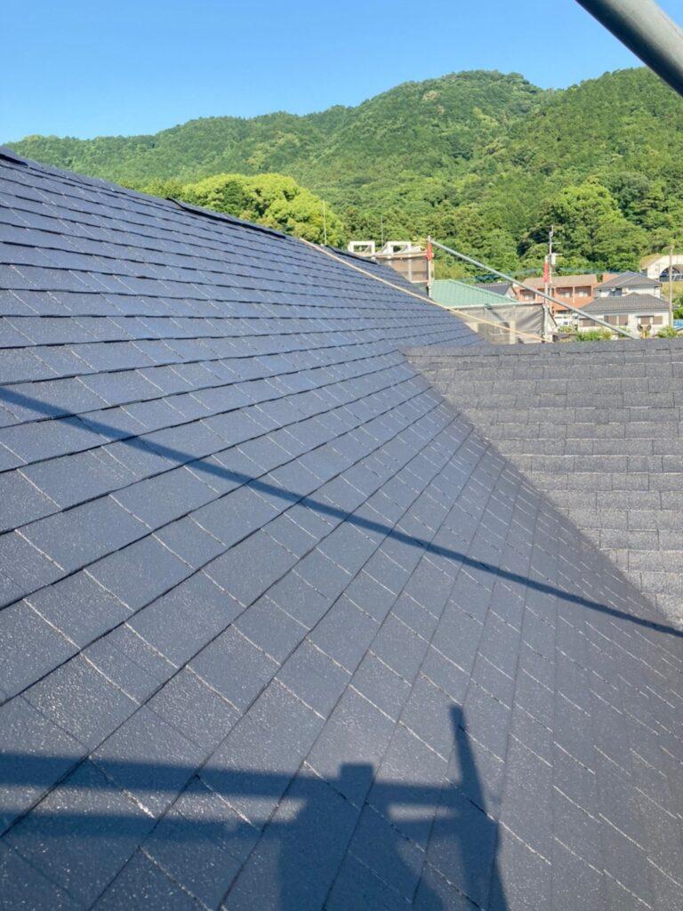 飯塚市 屋根塗装 中塗り・縁切り・上塗り 写真10