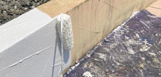 飯塚市 ベランダ防水塗装と腰壁塗装