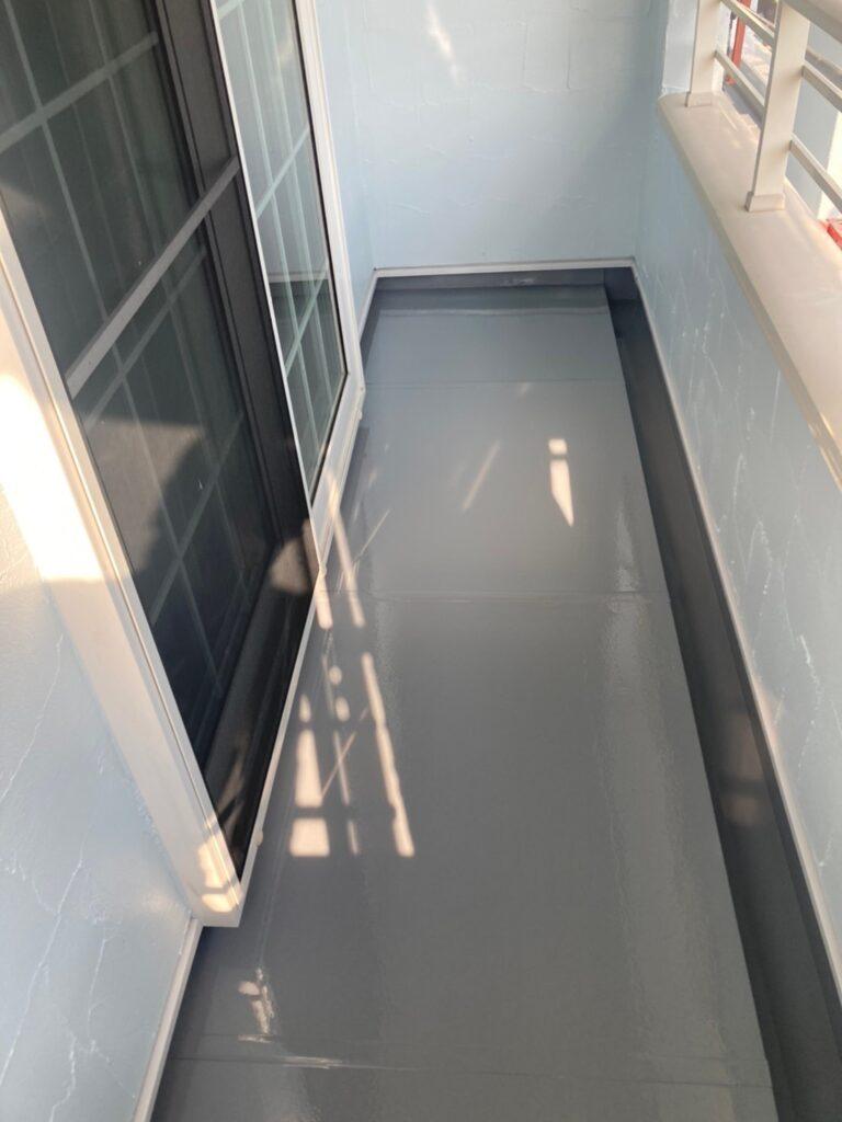 飯塚市 ベランダ防水塗装と腰壁塗装 写真6