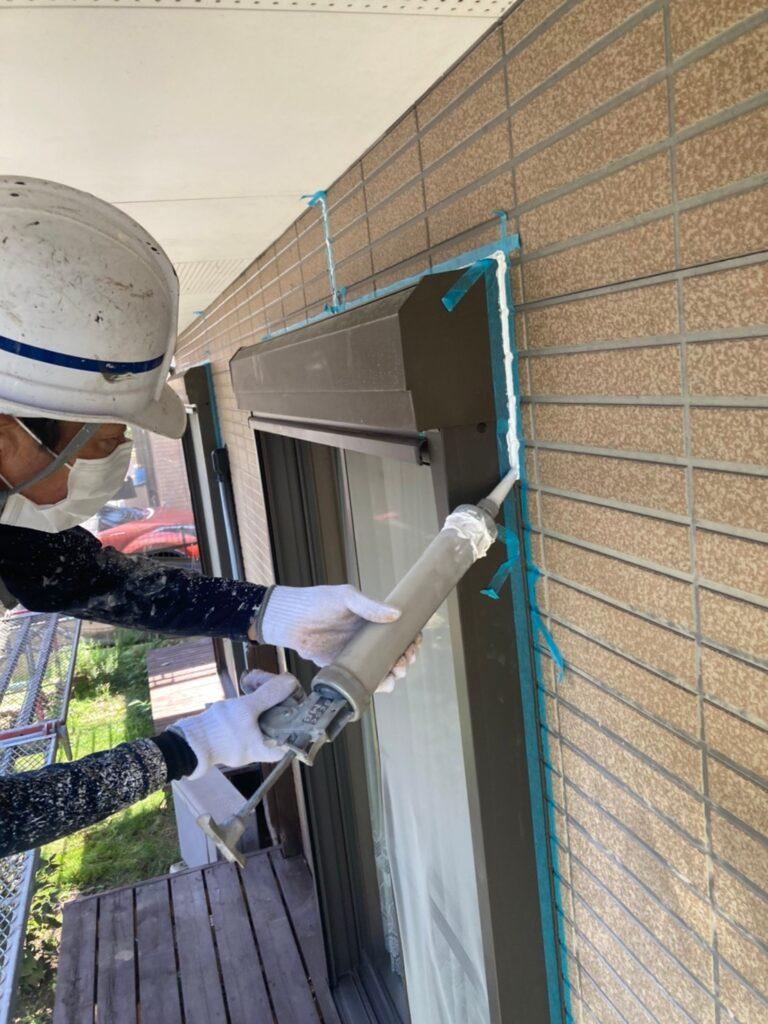 福岡市東区 コーキングの打ち替えと打ち増し 写真10