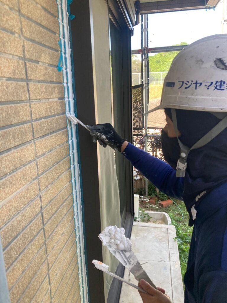 福岡市東区 コーキングの打ち替えと打ち増し 写真13