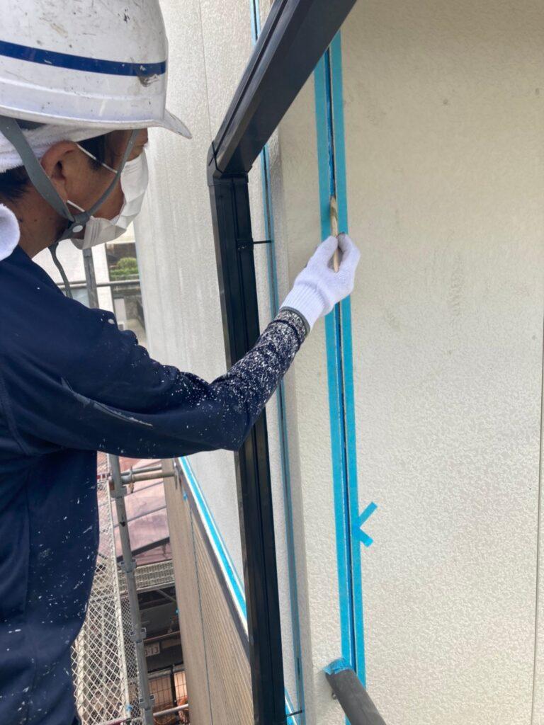 福岡市東区 コーキングの打ち替えと打ち増し 写真5