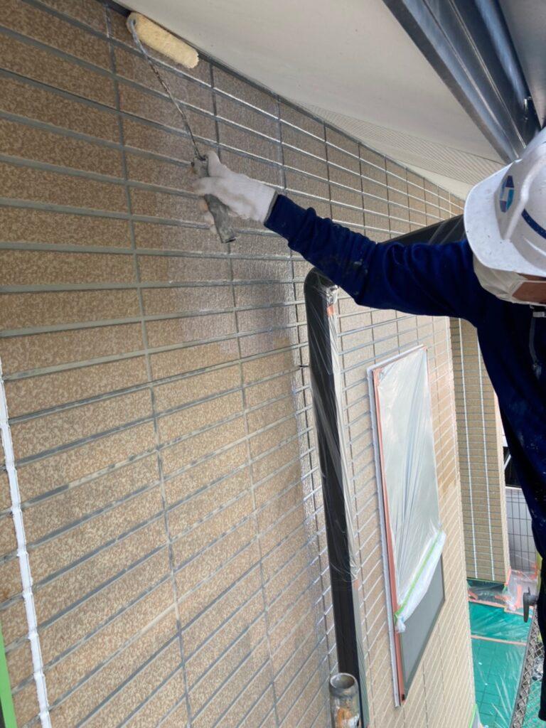 福岡市東区 外壁塗装(下塗り) 軒天塗装 写真5