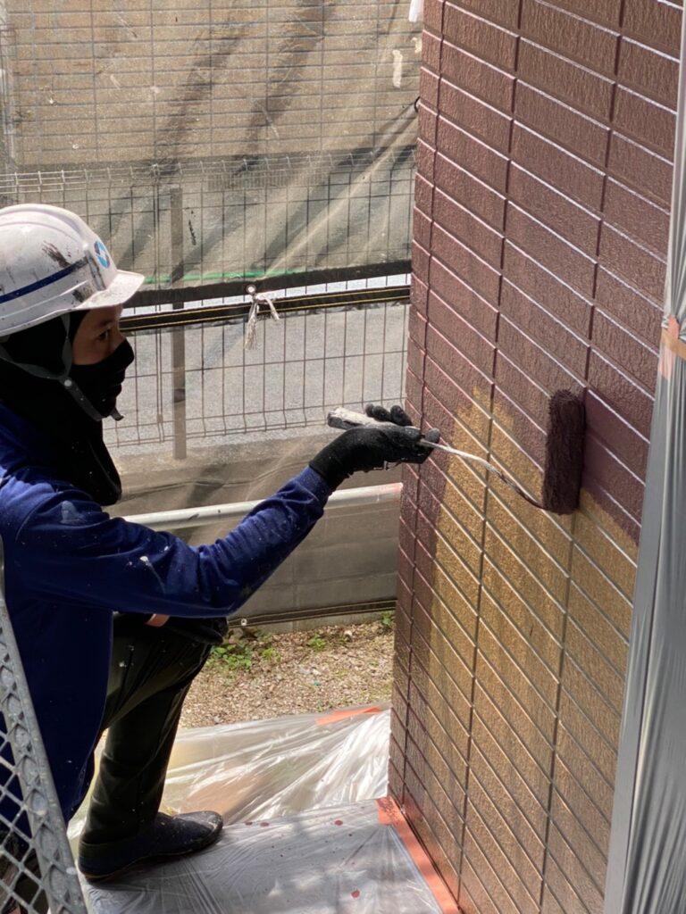 福岡市東区 外壁塗装(中塗り) 隙間処理 写真10