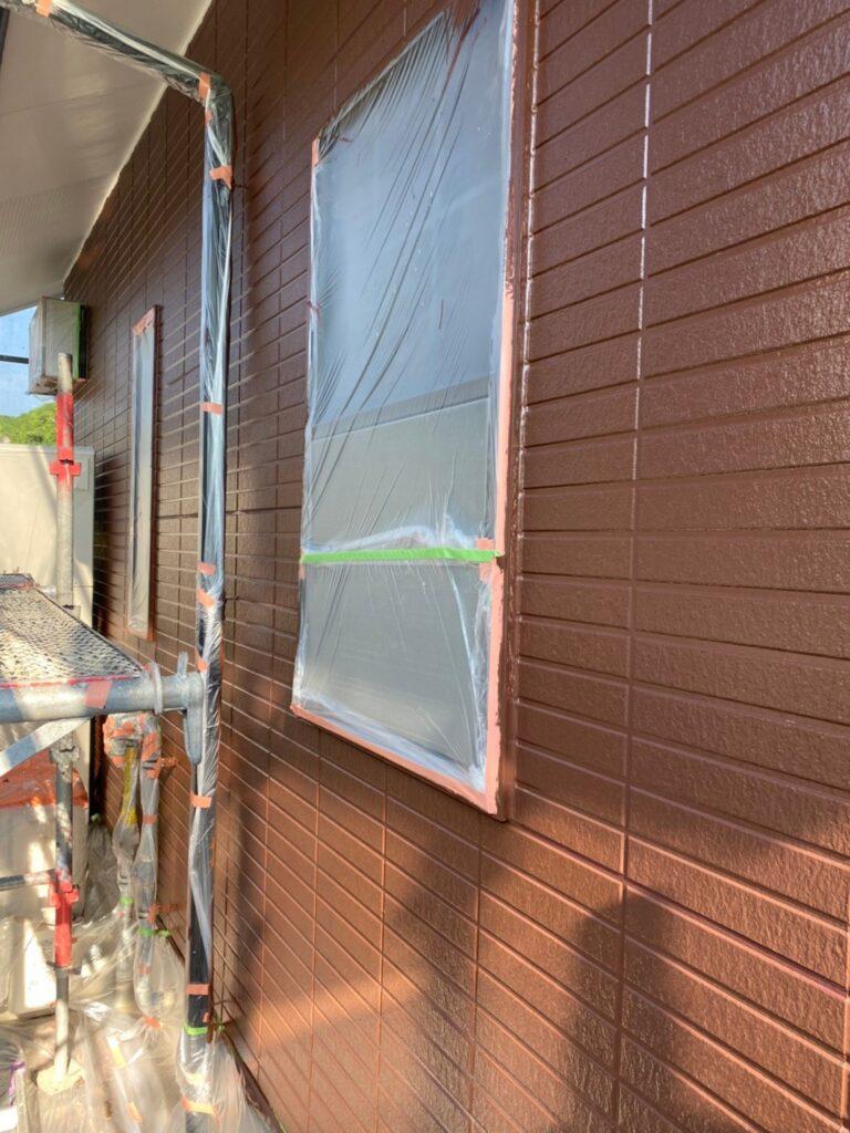 福岡市東区 外壁塗装(中塗り) 隙間処理 写真15