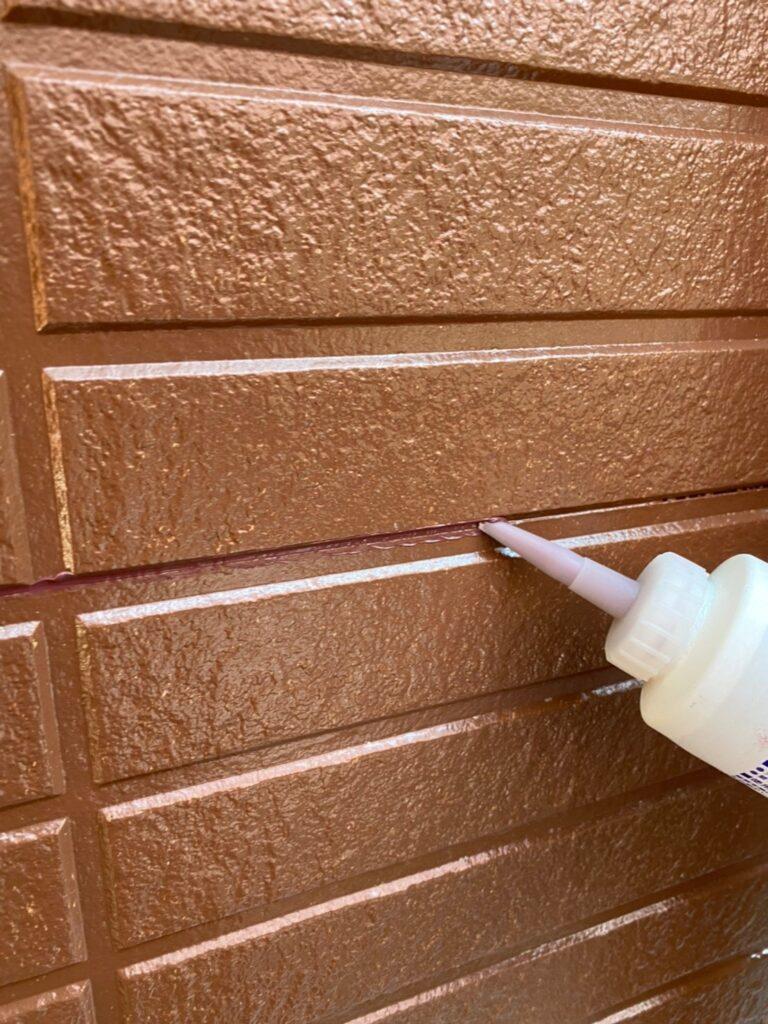 福岡市東区 外壁塗装(中塗り) 隙間処理 写真17