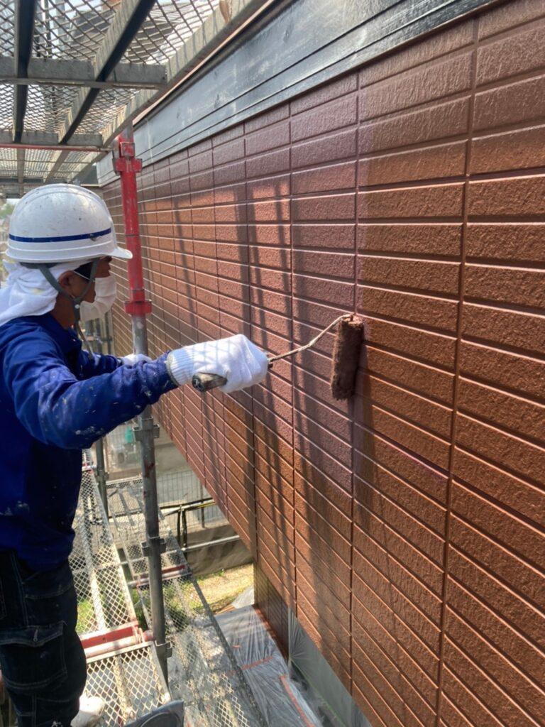 福岡市東区 外壁塗装(上塗り) 写真10
