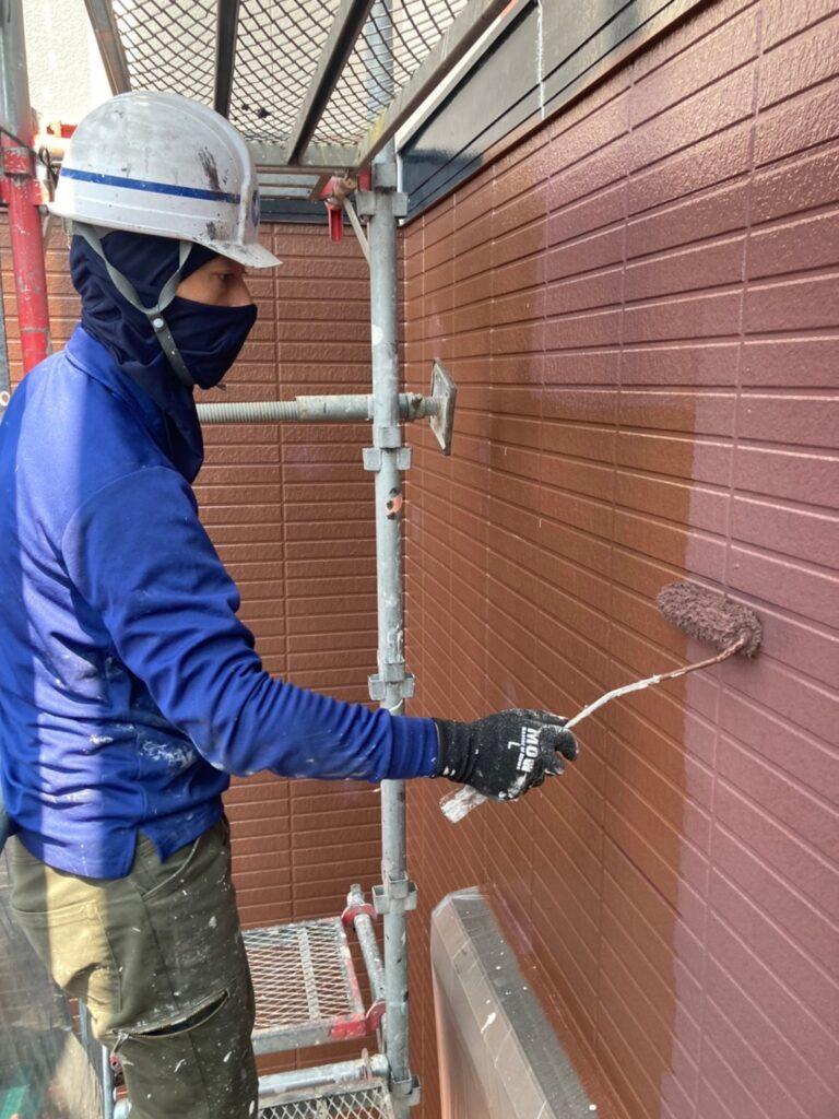 福岡市東区 外壁塗装(上塗り) 写真11
