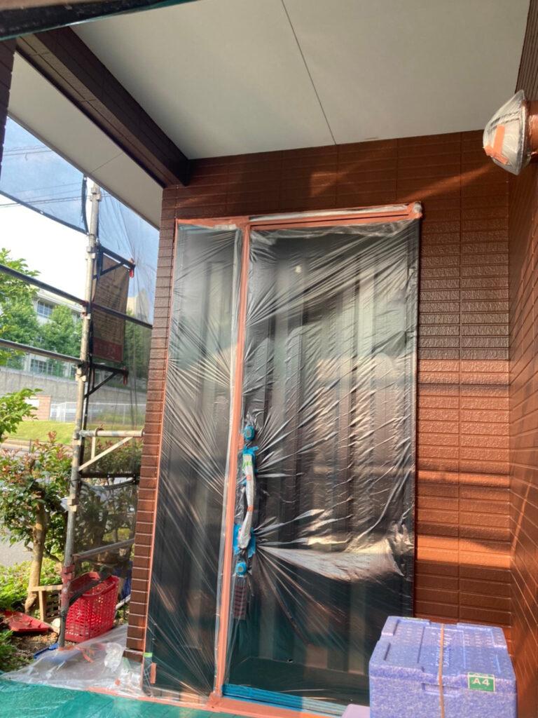 福岡市東区 外壁塗装(上塗り) 写真13