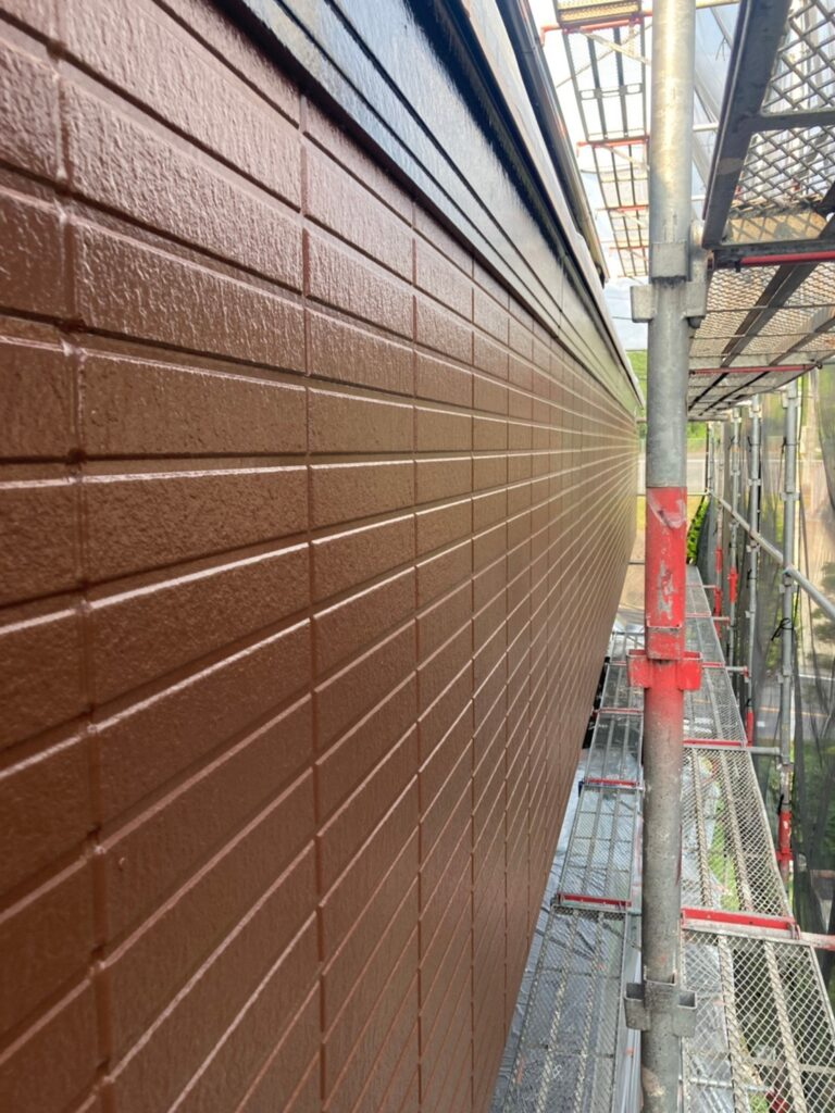 福岡市東区 外壁塗装(上塗り) 写真16
