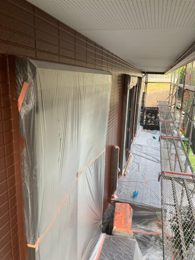 福岡市東区 外壁塗装(上塗り) 写真17