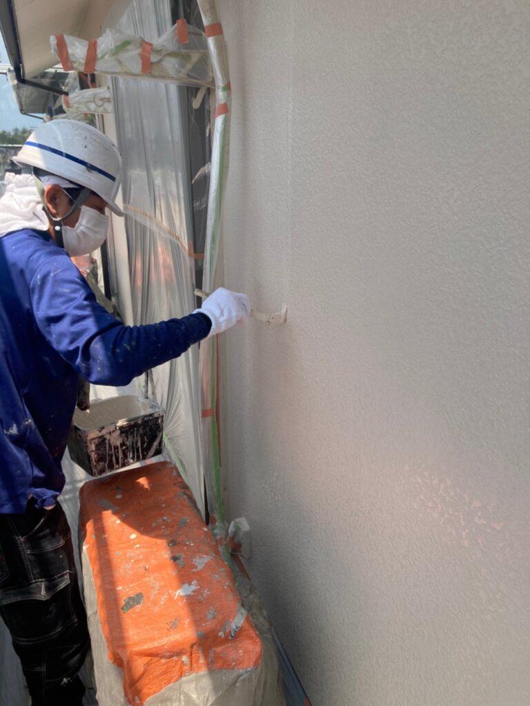 福岡市東区 外壁塗装(上塗り) 写真3