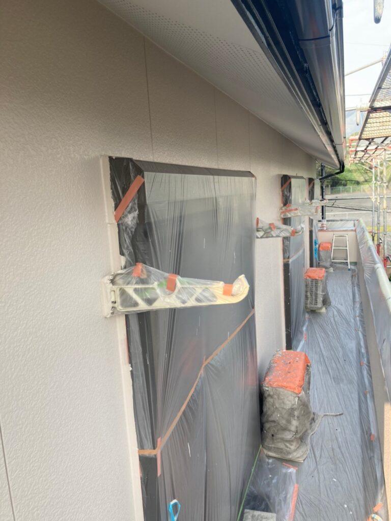 福岡市東区 外壁塗装(上塗り) 写真5