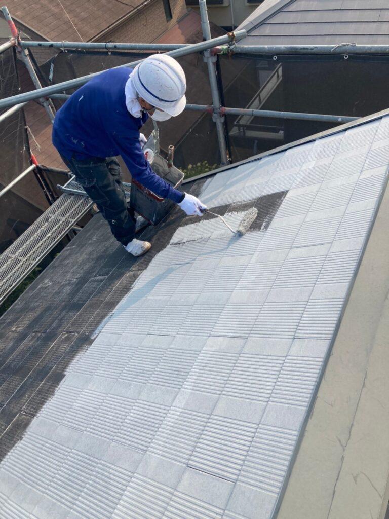 福岡市東区 屋根塗装(下塗り) 付帯塗装 写真2