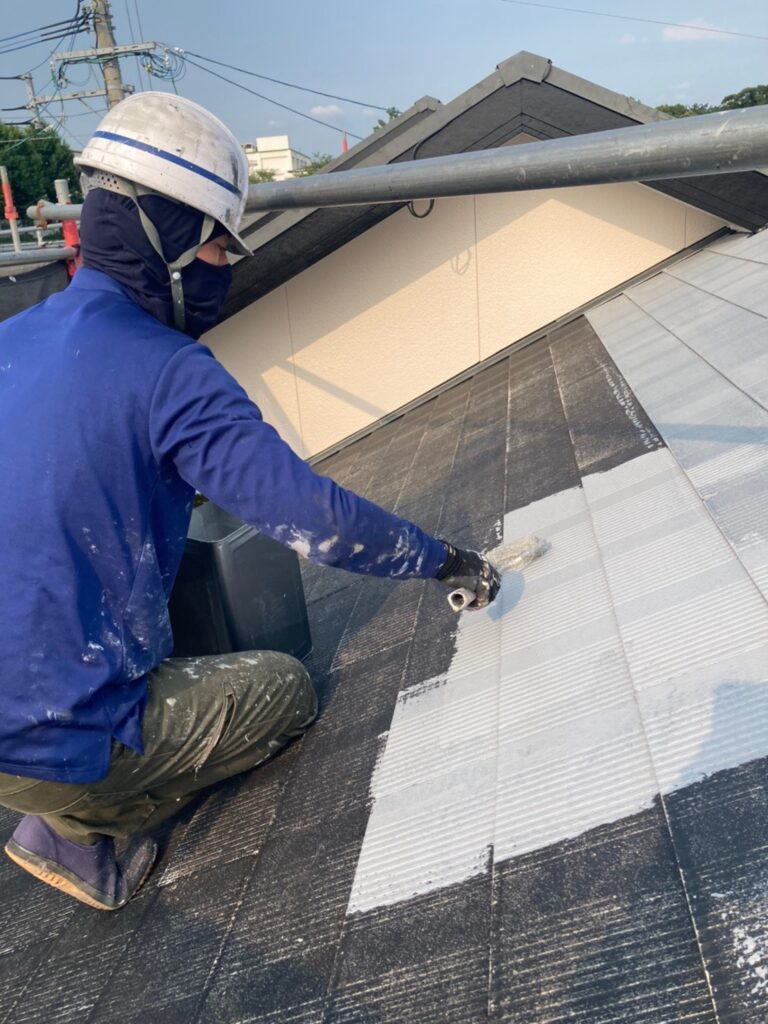 福岡市東区 屋根塗装(下塗り) 付帯塗装 写真3