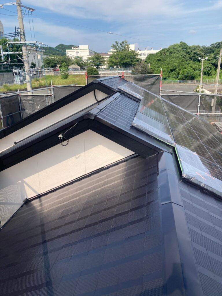福岡市東区 屋根塗装 中塗り 上塗り 写真12