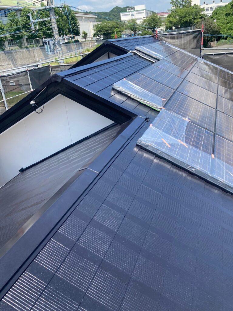 福岡市東区 屋根塗装 中塗り 上塗り 写真5
