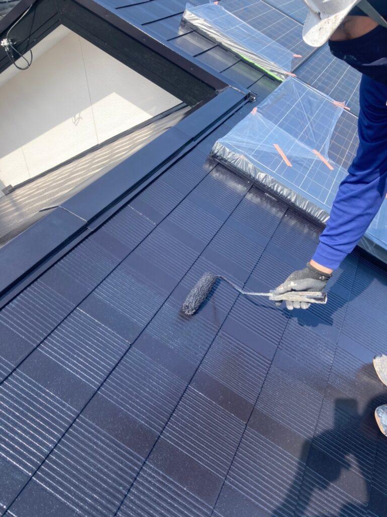 福岡市東区 屋根塗装 中塗り 上塗り 写真8