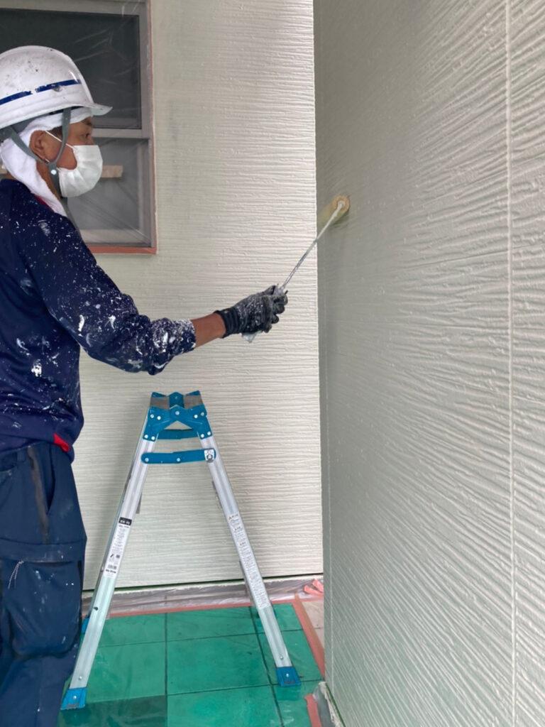 太宰府市 外壁塗装(中塗り) 写真11