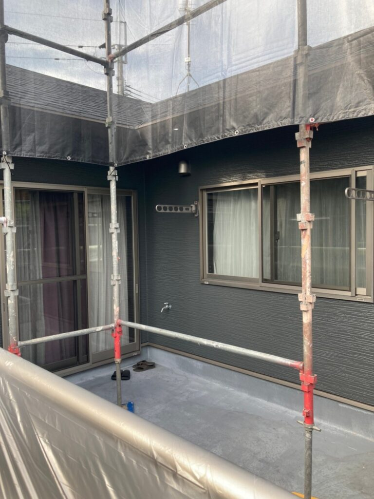 太宰府市 外壁塗装(上塗り) 写真8