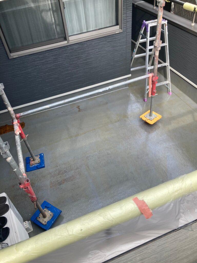 太宰府市 屋根塗装(上塗り) ベランダ防水塗装① 写真12