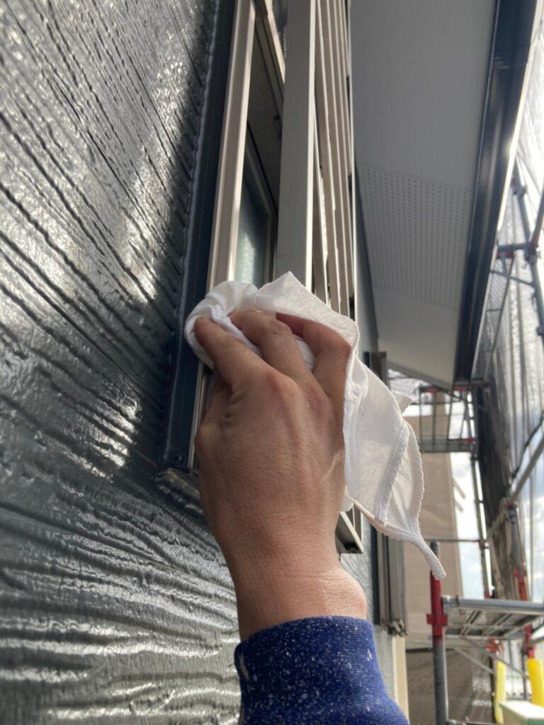 太宰府市 物置塗装 各所タッチアップ 清掃 写真10