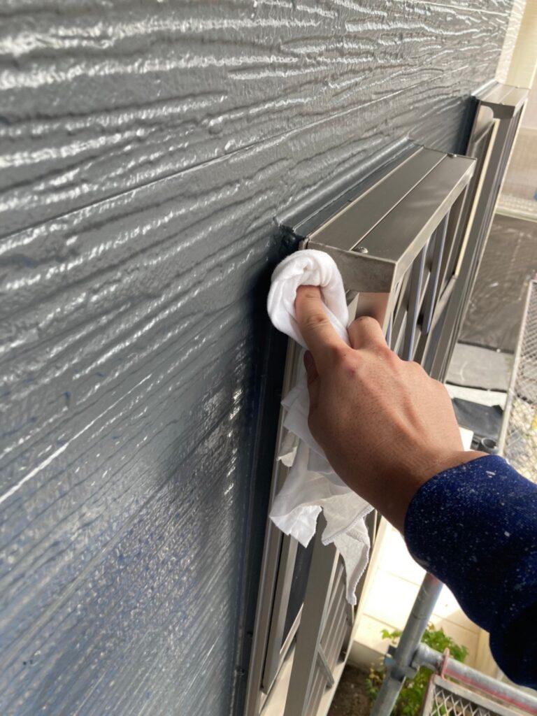 太宰府市 物置塗装 各所タッチアップ 清掃 写真8