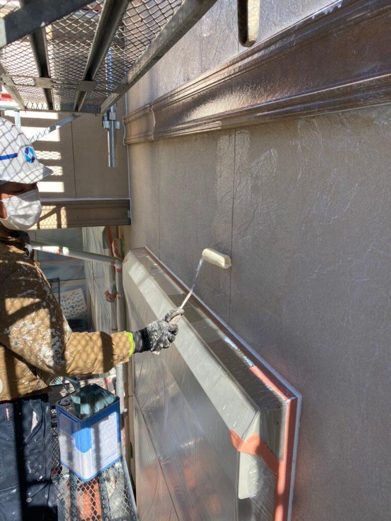 小郡市 外壁塗装(下塗り) 軒天塗装 写真5