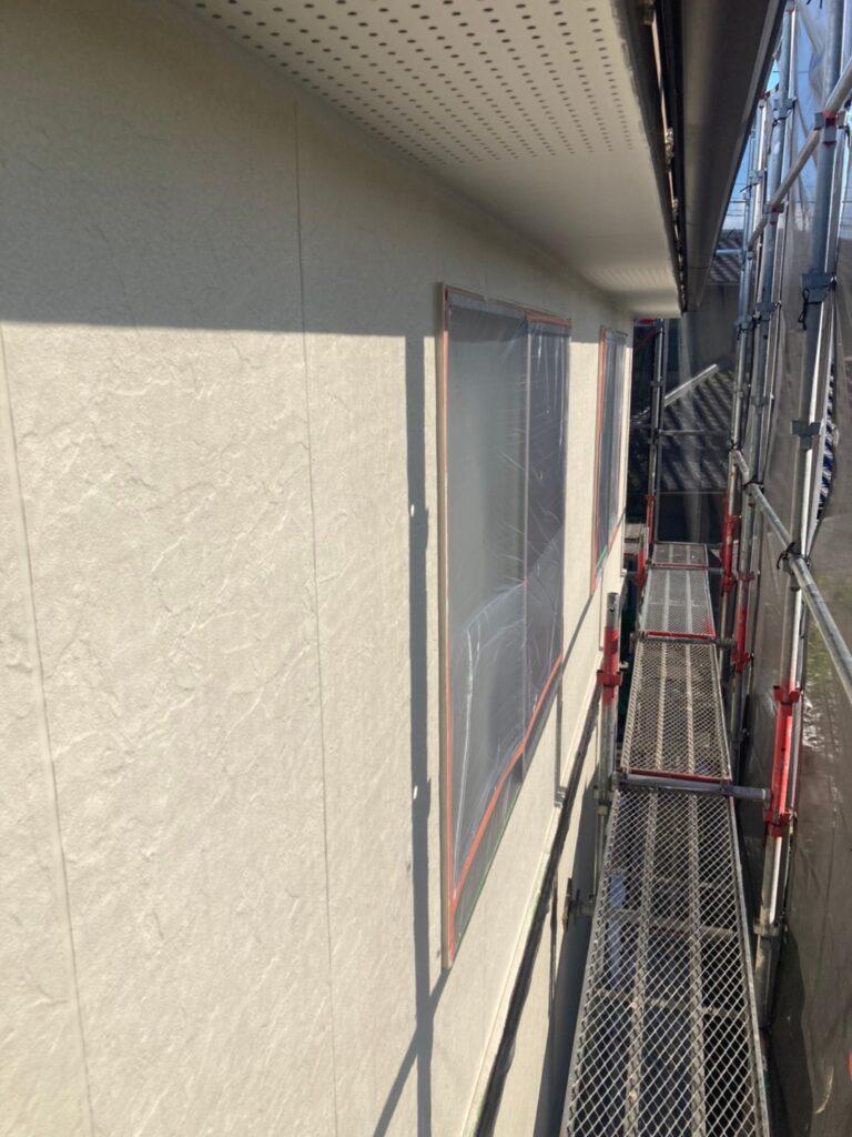 小郡市 外壁塗装(中塗り) 写真5