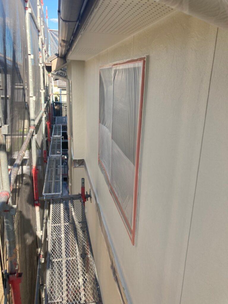 小郡市 外壁塗装(中塗り) 写真6