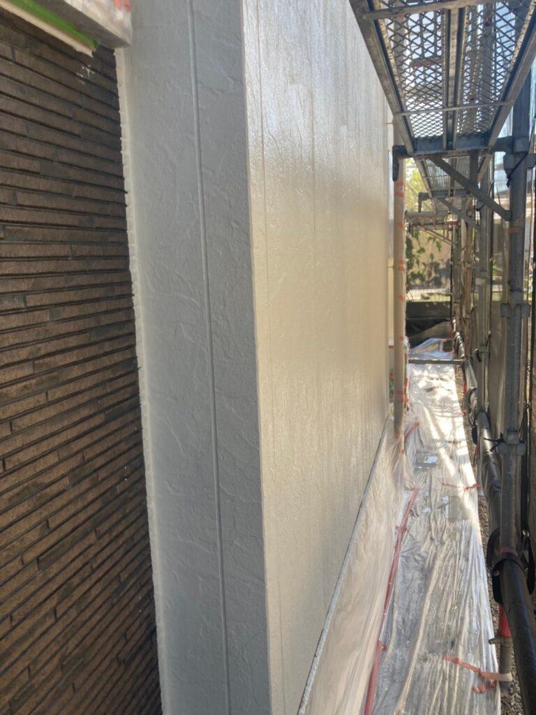 小郡市 外壁塗装(中塗り) 写真7