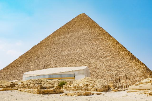 光触媒が導入されている有名施設:クフ王のピラミッド近隣施設