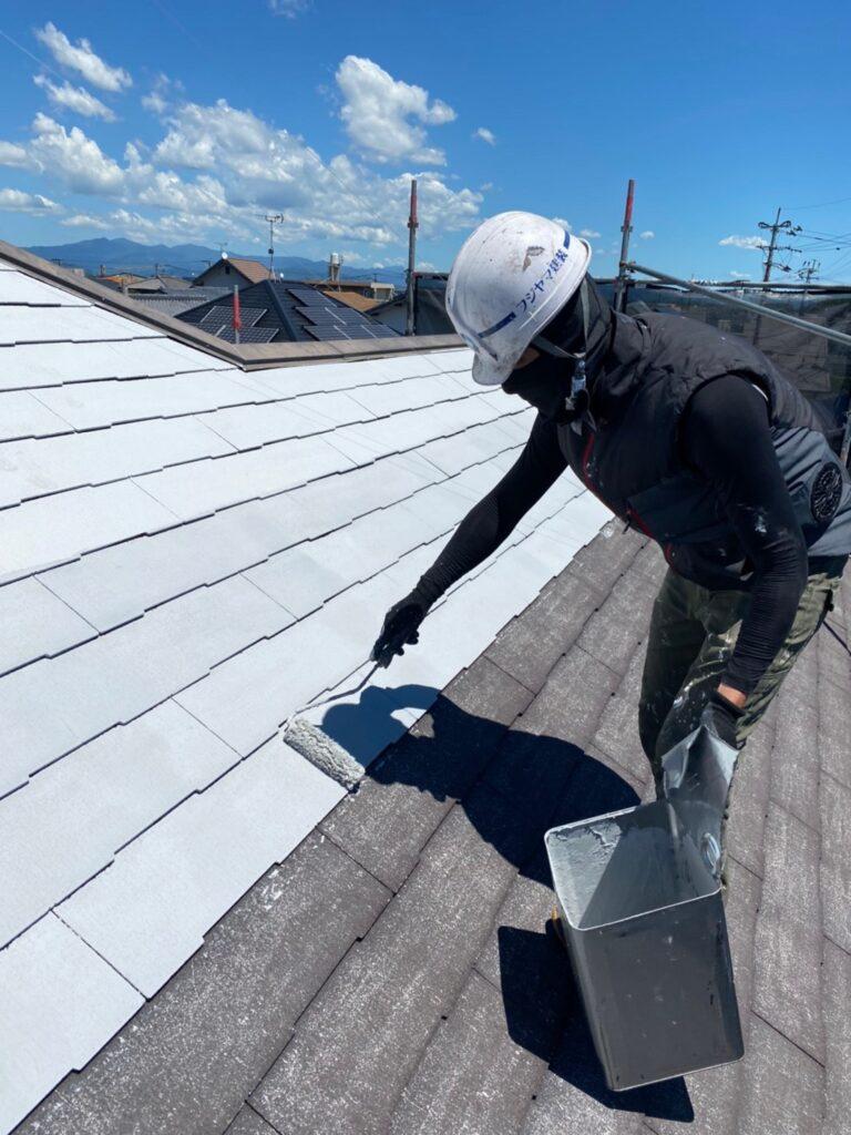 小郡市 屋根塗装(下塗り) 付帯塗装 写真3