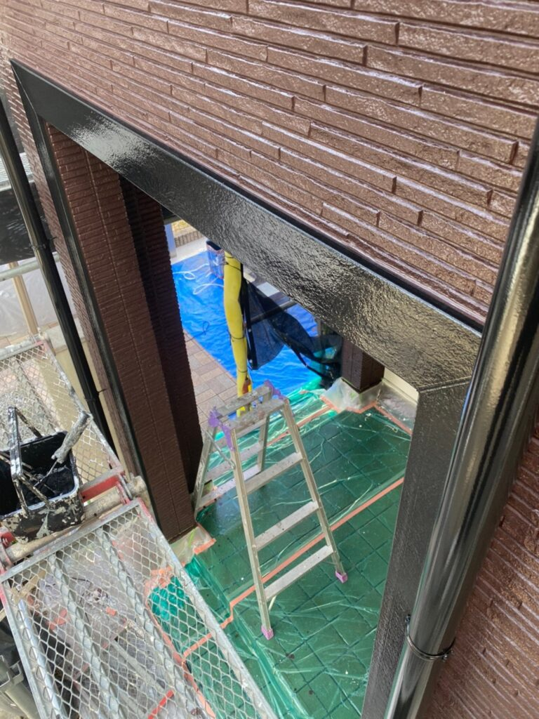 小郡市 屋根塗装(中塗り) 付帯塗装 写真16