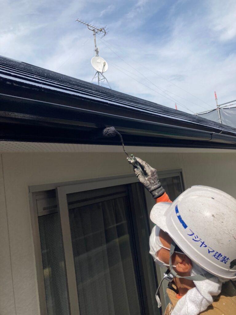 小郡市 屋根塗装(中塗り) 付帯塗装 写真8
