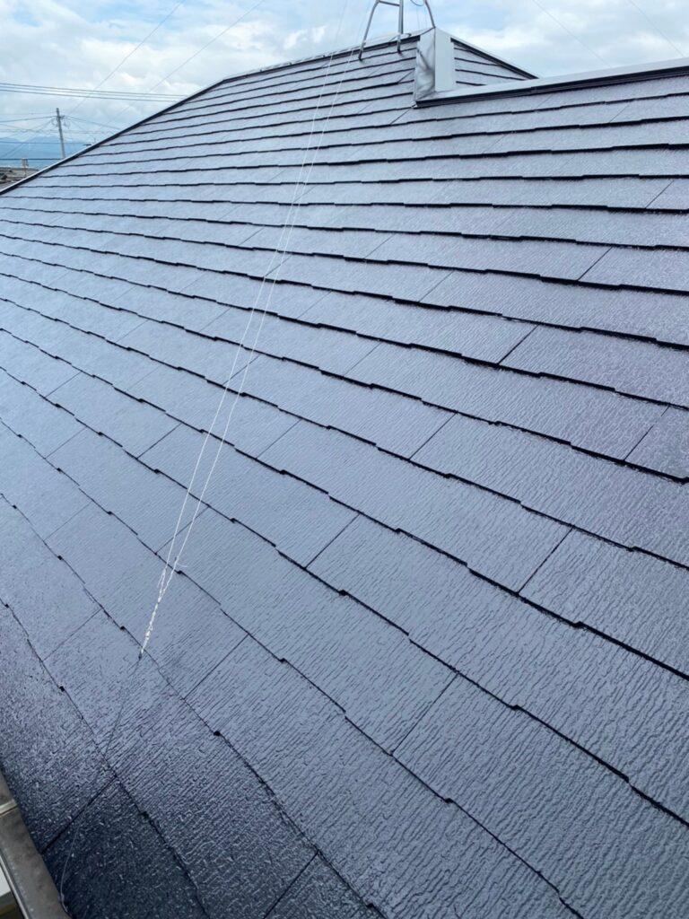 小郡市 屋根塗装 縁切り・上塗り 写真10