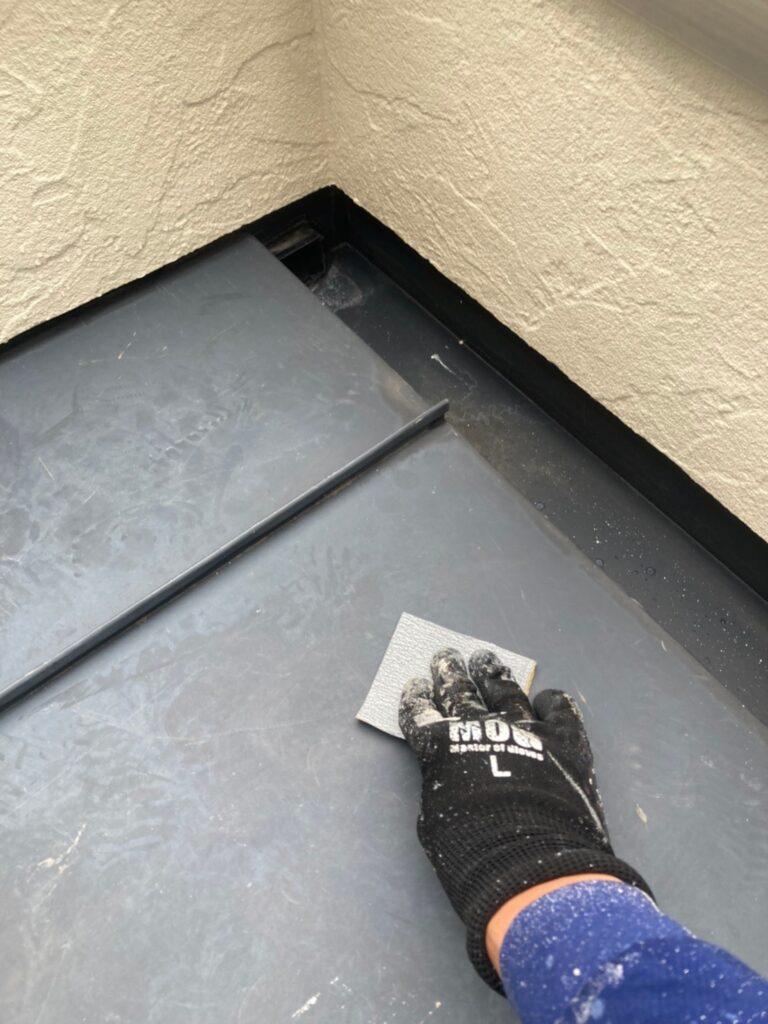 小郡市 付帯塗装③ 折半屋根錆止め塗装 写真12