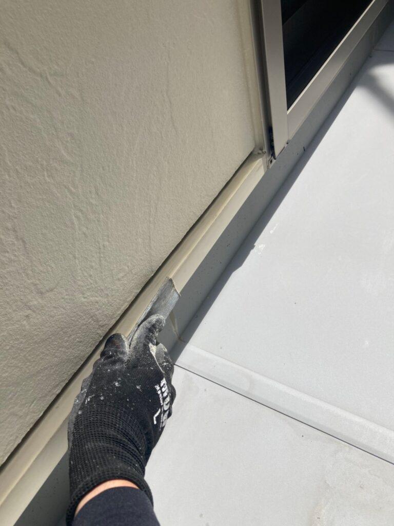 小郡市 付帯塗装③ 折半屋根錆止め塗装 写真5