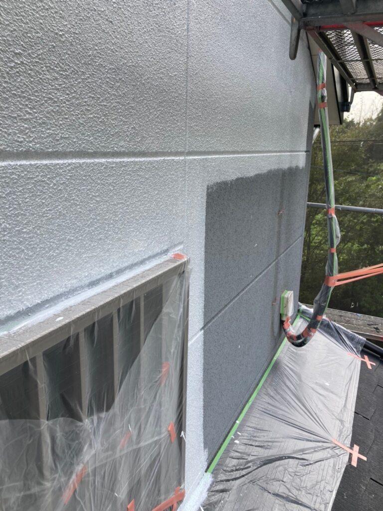 三養基郡 外壁塗装(下塗り) 写真3