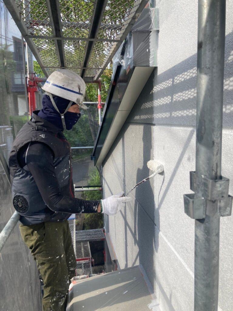 三養基郡 外壁塗装(下塗り) 写真4