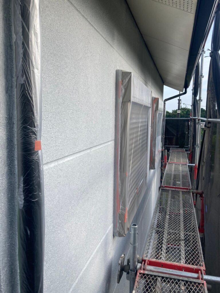三養基郡 外壁塗装(下塗り) 写真9