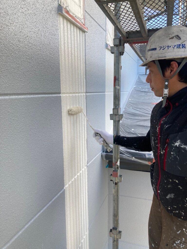 三養基郡 外壁塗装 中塗り② 写真8