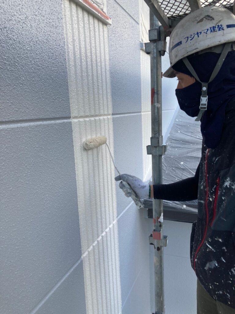 三養基郡 外壁塗装(上塗り) 写真8