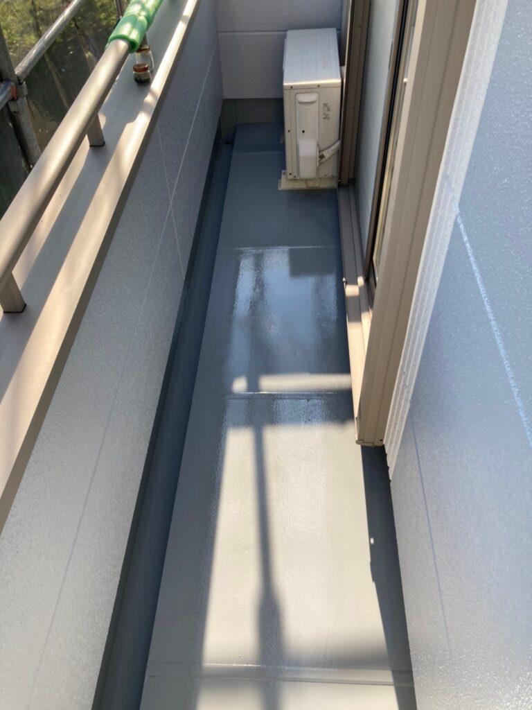 三養基郡 ベランダ防水塗装 基礎巾木塗装 写真6