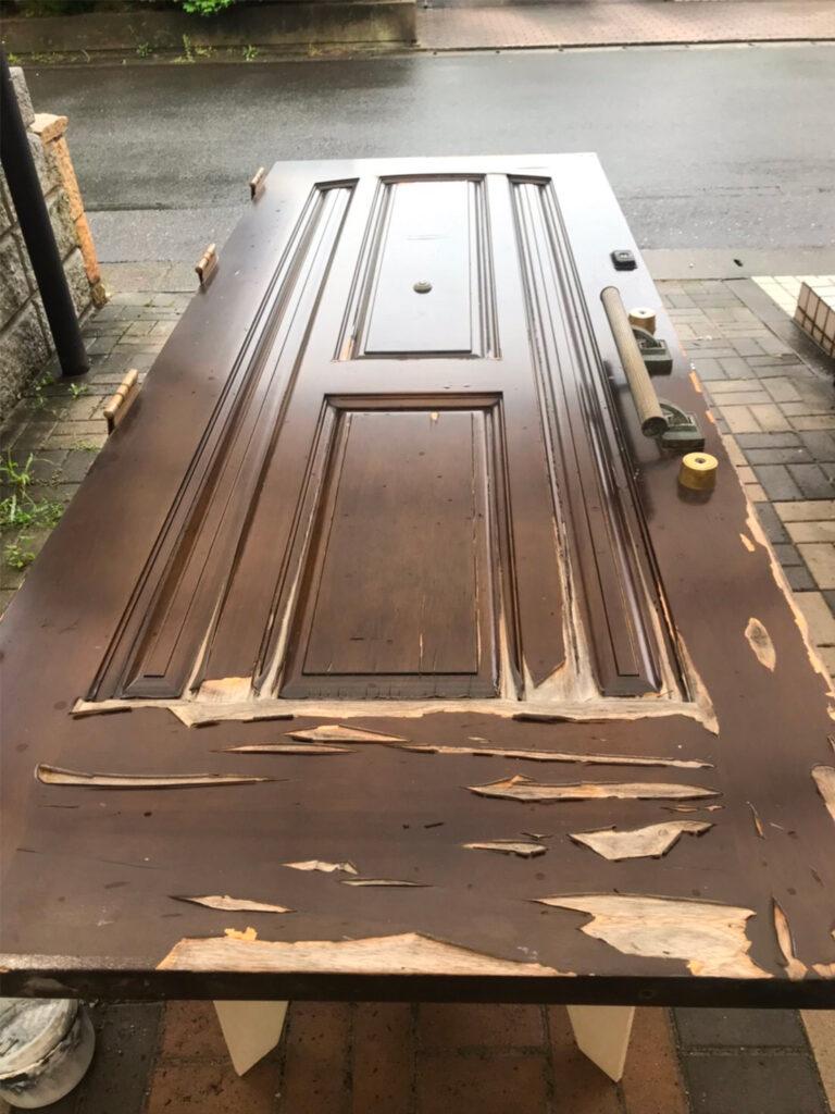 匠の技!木製玄関ドア塗装 写真1