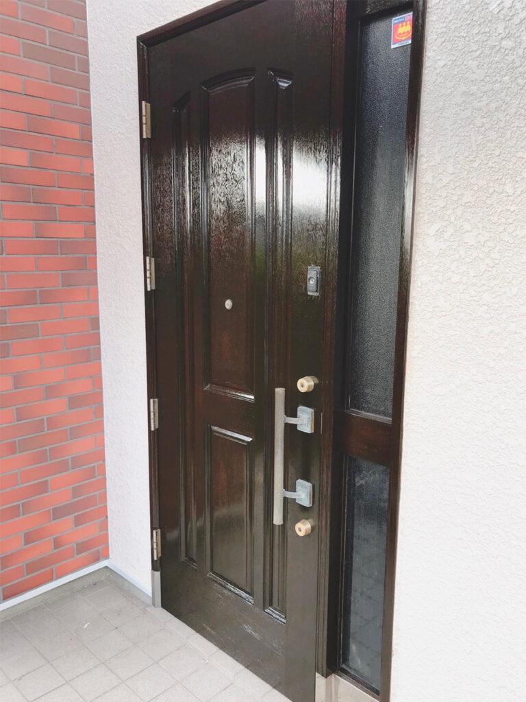 匠の技!木製玄関ドア塗装 写真20